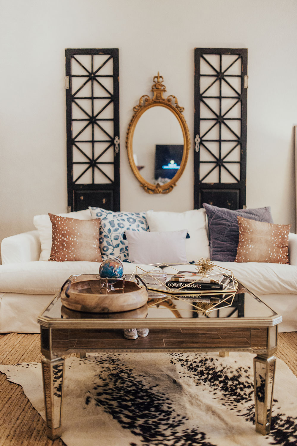 Small Modern Apartment Living Room Ideas: Our Modern Farmhouse Meets French Country Living Room