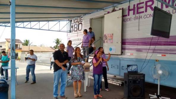 Secretário de Administração e Transporte, Zé Orlando ao lado de Dinha Pinheiro (Cultura)
