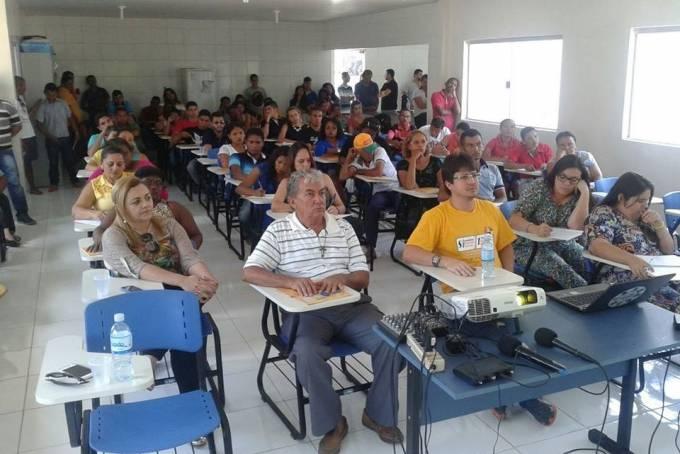 Cerca de 700 participantes, entre produtores, pesquisadores, especialistas e estudantes, estiveram reunidos na oitava edição do Encontro sobre Abelhas Nativas da Baixada Maranhense