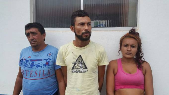 """Orlando Reis França Barros 47 anos, Leonan Alves Asevedo, o""""Nan Nan"""" 32 anos, Maria das Dores Silva Nascimento 25 anos."""