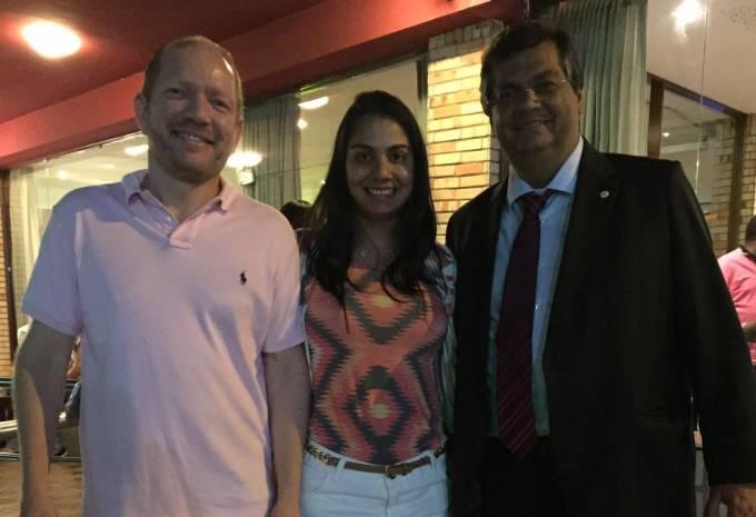 Deputado Othelino, a pré-candidata a prefeito de Pinheiro, Ana Paula e o governador Flavio Dino.