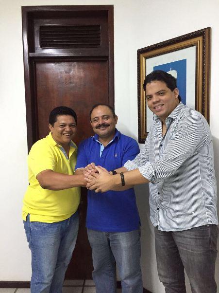 Alessandro Montenegro, eleito vice-presidente, Waldir Maranhão que passou a perna em todo mundo e Luciano Genésio, eleito presidente.