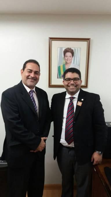 Vice-prefeito César Soares e  Dr. Márcio Endles presidente nacional da FUNASA