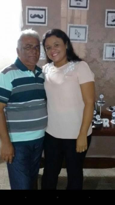Socorro ao lado do marido o ex-prefeito Riba Rabelo