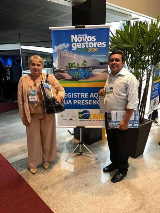 Prefeita Margarete (PV) e o vice Osvaldo Gomes (PDT).
