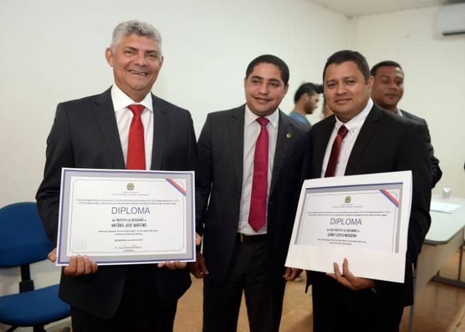Zé Martins o deputado, Zé Inácio e o vice –prefeito , Magal.