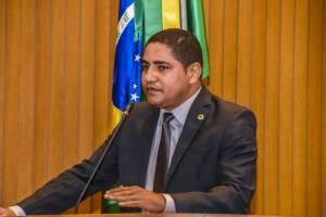 Zé Inácio sai em defesa do prefeito Indalécio