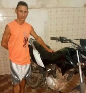 Policia Militar recupera em Bequimão moto roubada em Peri Mirim