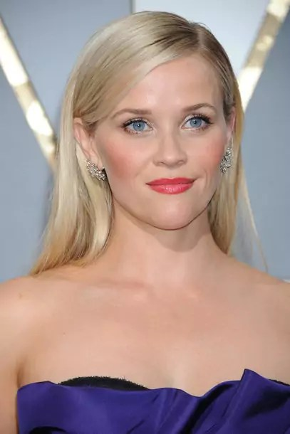 reese-witherspoon-gettyimages-512945436_article_gallery_portrait