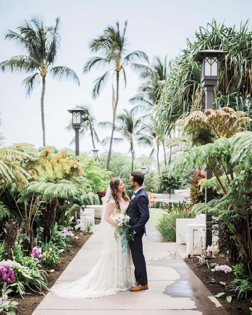 Kona LDS Chapel Wedding_ Vanessa Hicks Photography