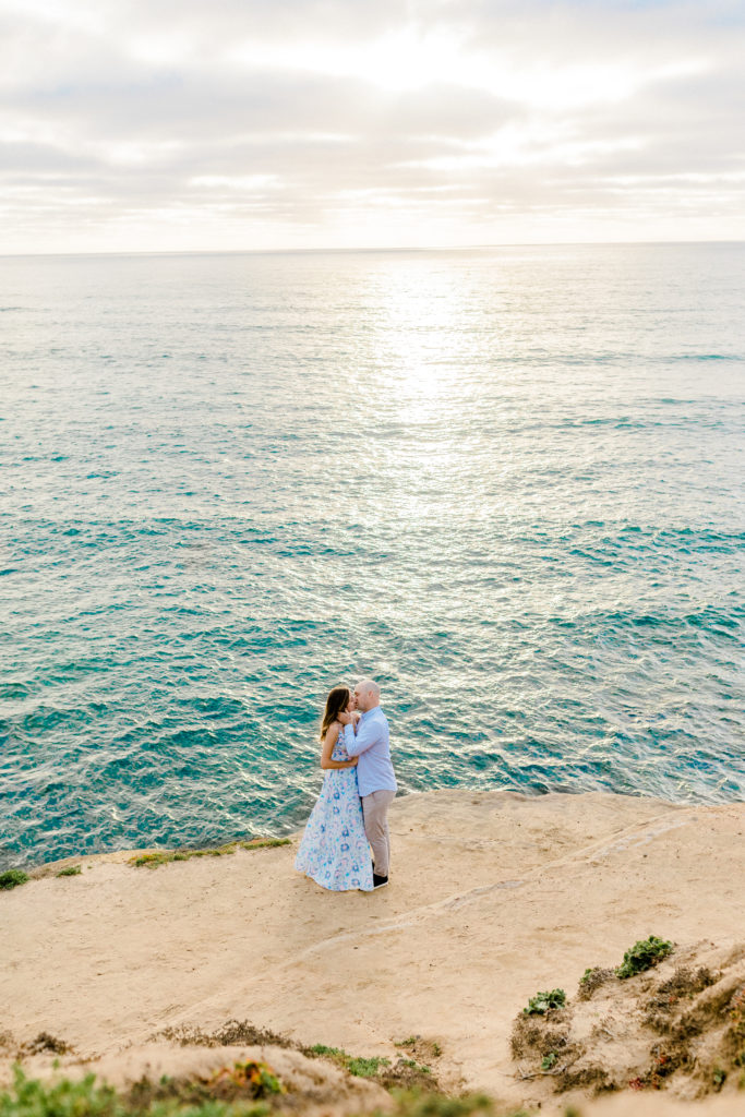 engagement session at sunset cliffs in san diego