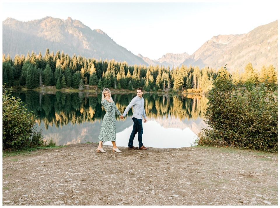 seattle couple walking at engagement session