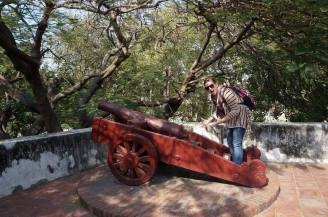 Not so serious picture with a cannon!