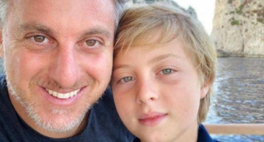 Filho de Huck e Angélica passou por cirurgia, após acidente causado por ausência de capacete em esporte