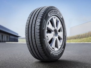 Goodyear's new light truck tyre lasts over 21,000 km longer than two of its competitors.