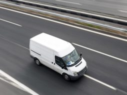 New van registrations rise 6.4% to 14,135 units in February 2018