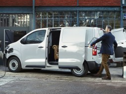 Citroën ë-Dispatch is available to order, with up to 211 miles range