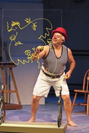 Herbert Siguenza as Picasso