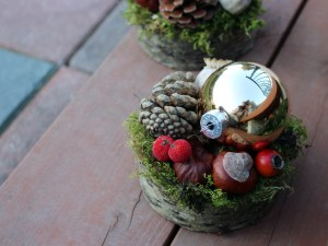 Set of matched christmas arrangements