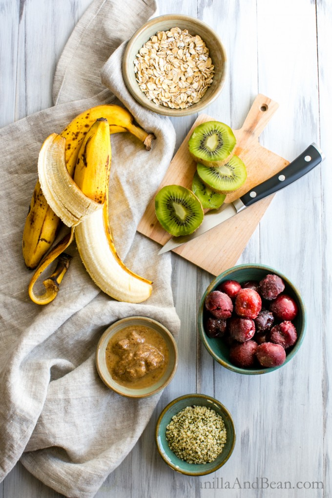 Cherry Almond Smoothie Bowl | Vanilla And Bean