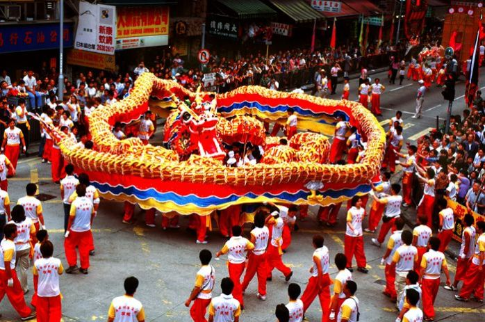 concept-of-the-chinese-new-dragon-year-dance1