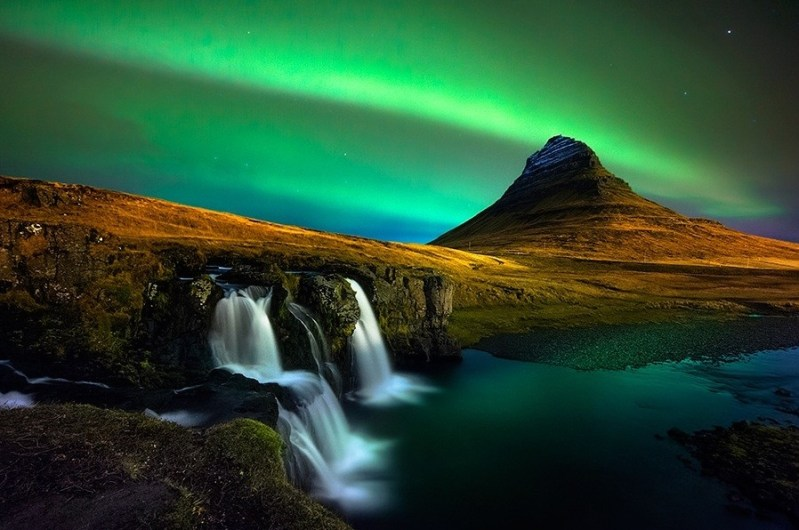 Iceland-Kirkjufell-Photo-by-Oxy-Z