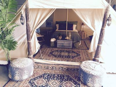 Glamping In Tulum, Mexico (Fancy Camping – Deluxe Tent)