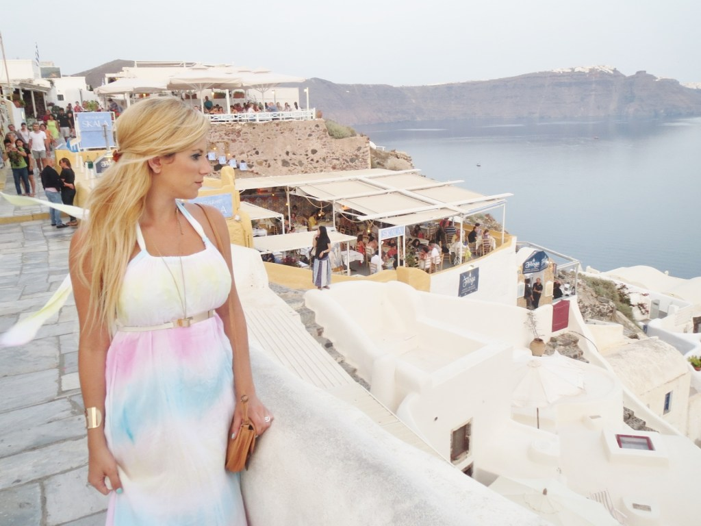 16 MUST Do Things In Santorini, Greece and Place To Stay