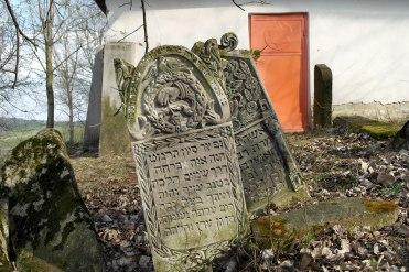 Bucecea - Jewish cemetery
