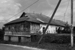 Chernivtsi in Podolia - abandoned Jewish home