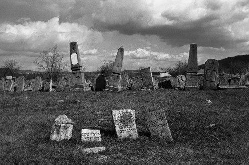 Otaci (Ataki) Jewish cemetery