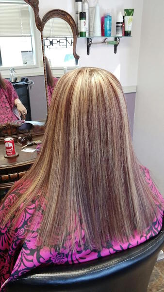 Multidimensional Red pallet with Brazilian Blowout