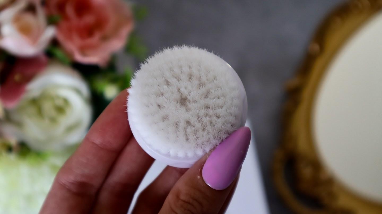The Liberex Sensitive Face Brush