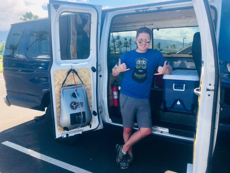 guests vanlife maui campervan rentals drop off pick up airport delivery OGG kahului male solo vanlife traveler