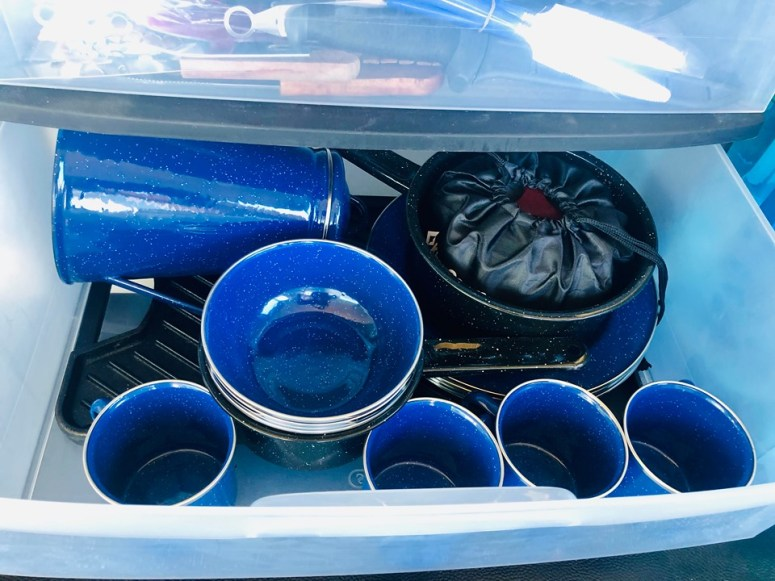 cooking gear for camping vanlife maui cloud 9 campervan fully equipped mugs cups plates pans coffee pot water bottles bowls