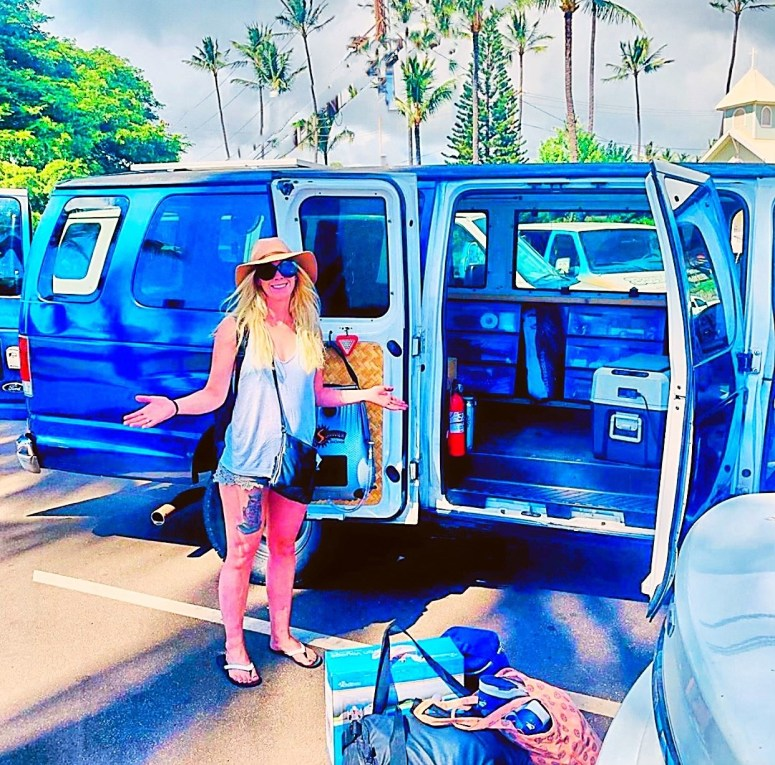 royal blue campervan vanlife maui fully equipped off grid living solar shower solar panel campsite in campground BBQ camping romantic getaway arrival guests