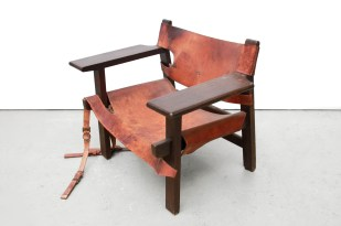 Restoration Borge Mogensen spanish chair BEFORE painted and dried leather