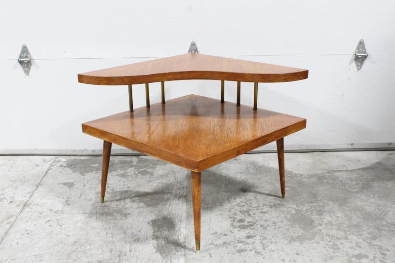 table coffee table vintage corner 2
