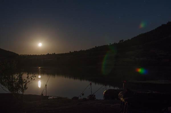 Langzeitbelichtung bei Mondschein