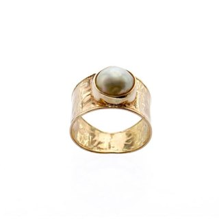LARGE MABE PEARL RING