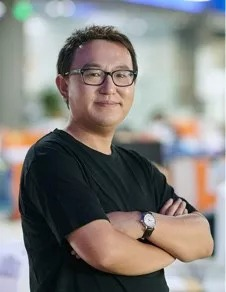 Xingtao Jiang 姜兴涛 产品研发总监,烟油及烟气