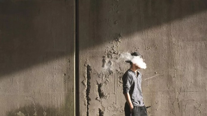 AHRF: Who pays for the 8 million death by smoking after banning vapes