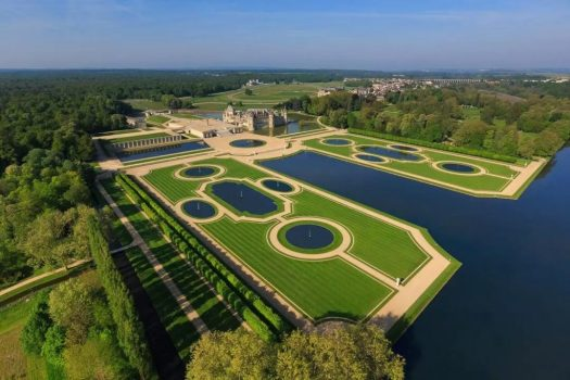 Aerial view of Chateau Chantilly, France