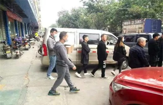 MR FOG vape cooperates with Shenzhen police to fight counterfeiting