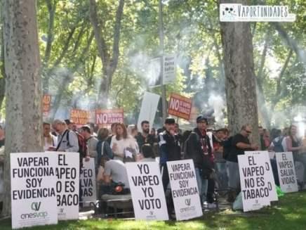 #StopCensura-#ElTabacoAtaYTeMata-#ElVapeoSalvaVidas-#elmonovapeador-#vaportunidades-4