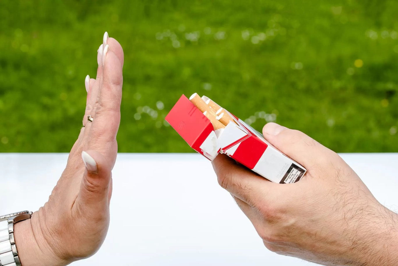 Warnings on cigarettes could curb smoking