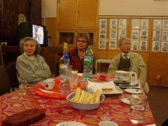 Frau Prof. Deac (mi) mit einigen der erkrankten Rentner