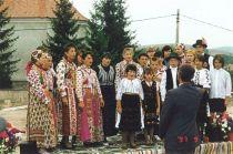 Ungarischer Chor des Dorfes bei der Einweihung