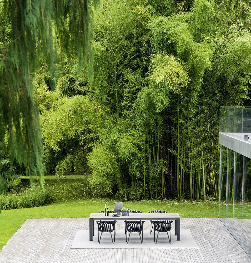 outdoor living dolmen table varaschin