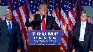 Donald Trump flytur sigurræðu sína.